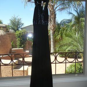 Dress the Population Delani V-Neck Sequin Dress
